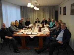 Mitglieder der Arbeitsgemeinschaft während einer Herbsttagung
